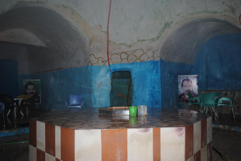 8-2 Bath lobby (2)